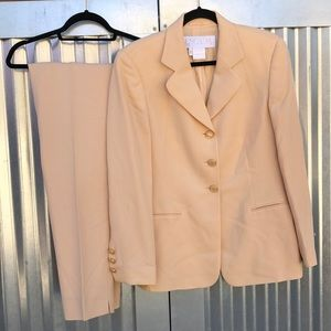 Escada buttercream pant suit